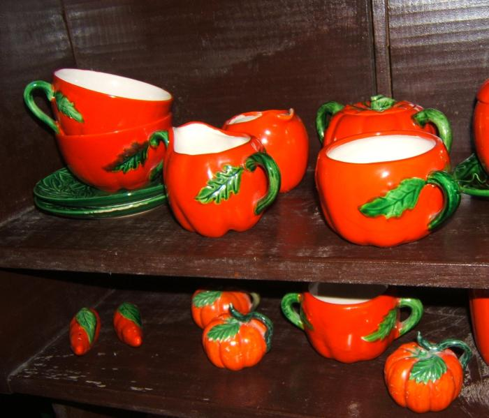 Tomato Ware collection a