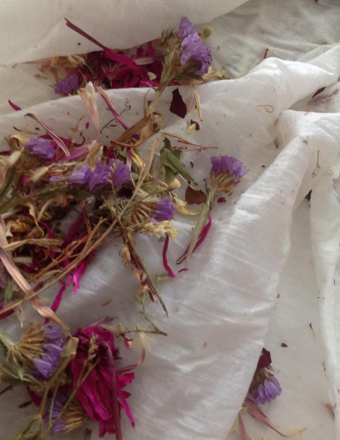 deep pink dried flowers I added to the rose petal mix ... I should have realised they were too bright to be 'real'